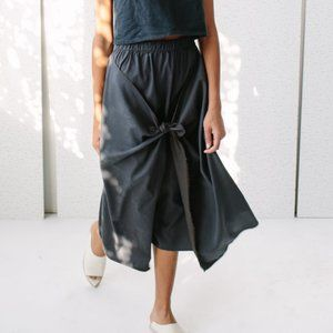 NWT Hack With Design House midi tie front skirt